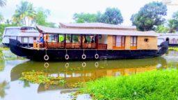 Kumarakom 1 bedroom Houseboat