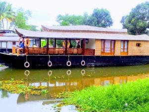 Kumarakom 1 bedroom Houseboat