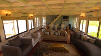3 Bedroom Luxury Houseboat